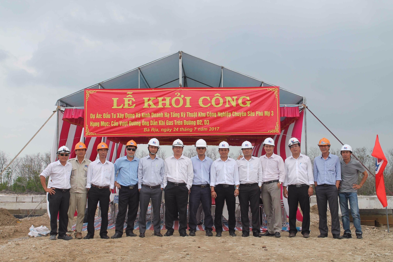 phu my 3 khoi cong